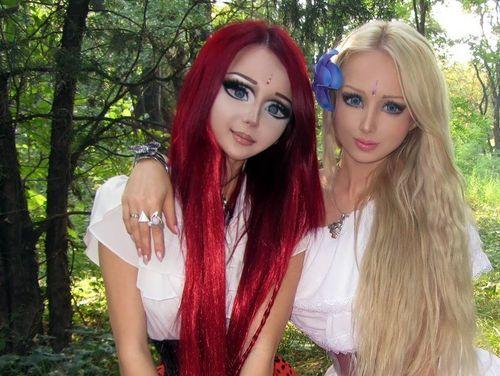 Valeria barbie vivante et manga girl