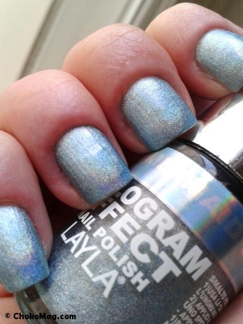 vernis holographique bleu acheté à la foire de paris