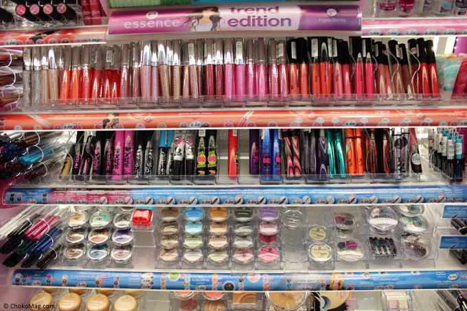 corner maquillage essence chez auchan partout en france