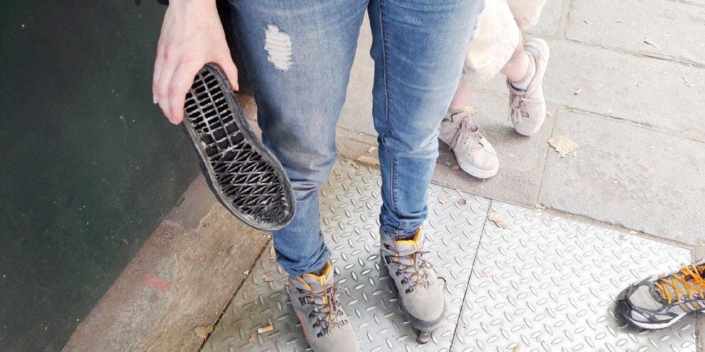 chaussure abimée semelle qui se décolle d'un coup