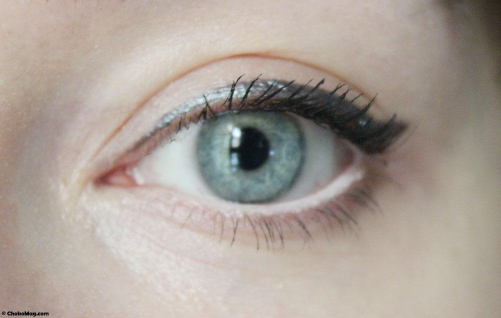 swatch eyeliner bio gris couleur caramel