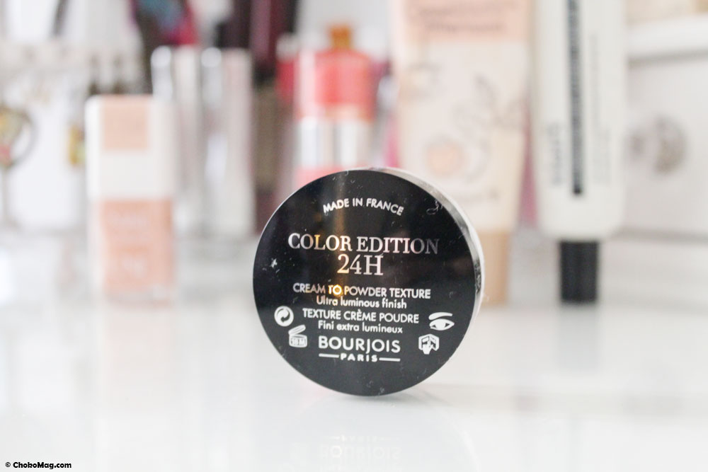 color edition 24h de bourjois en blanc