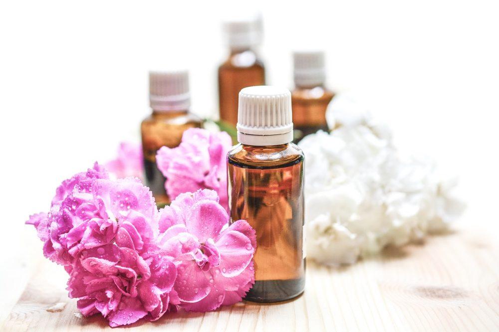 techniques auto massage aux huiles essentielles