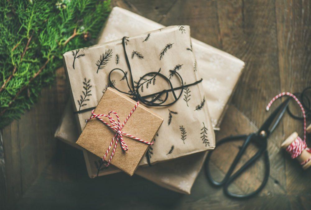 Top 5 Des Idées De Cadeaux De Noël Pour Offrir à Une Femme