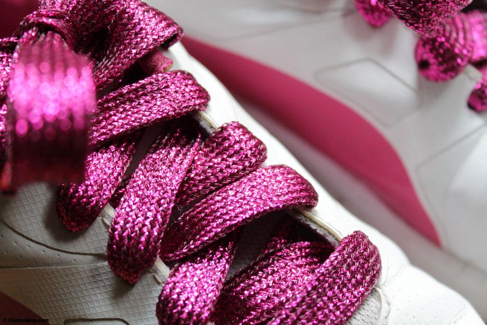 Lacets à paillettes roses