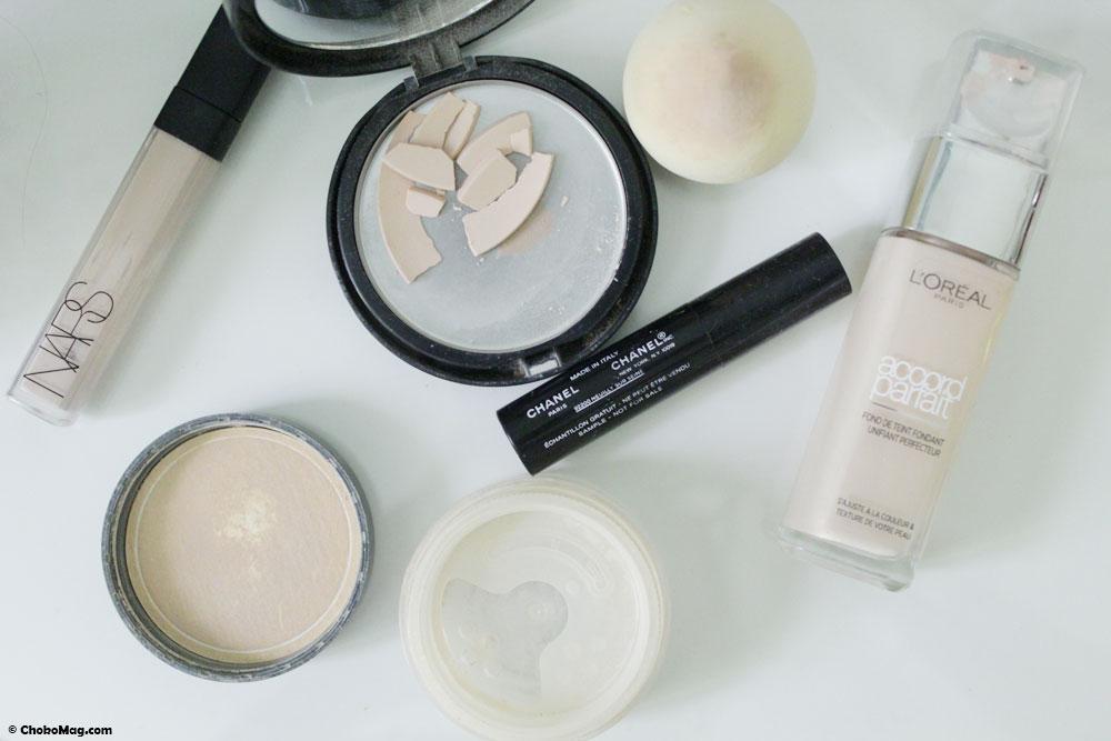 Produits de maquillage terminés