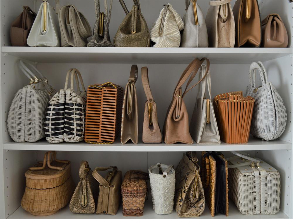 Comment ranger ses sacs à main selon la méthode Marie Kondo?